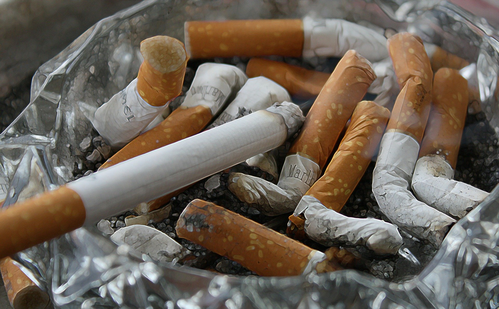 Cigaretta vs CBD - Segíthet a CBD leszokni a dohányzásról?